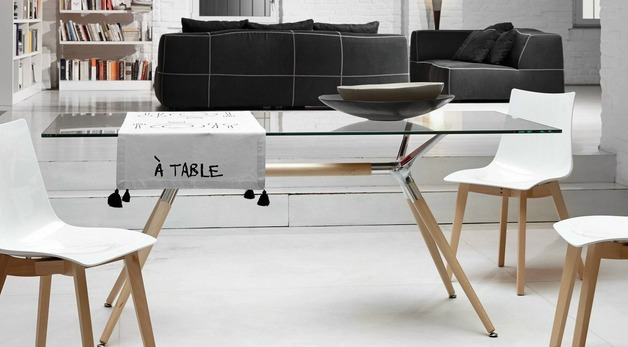 Scab design for Table exterieur metro