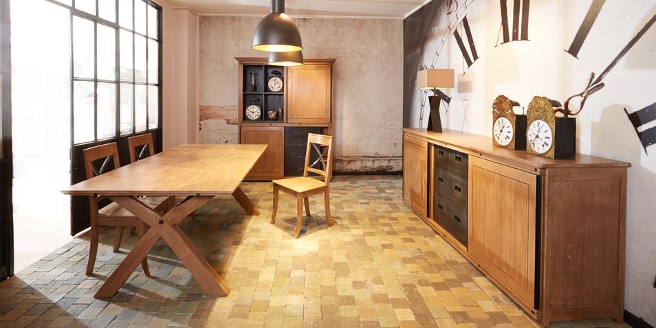 salle manger faubourg st antoine. Black Bedroom Furniture Sets. Home Design Ideas