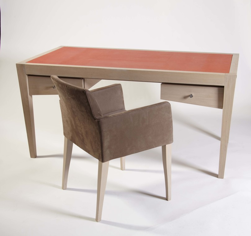 Bureau avenue louise by rigaux for Meuble bureau 974